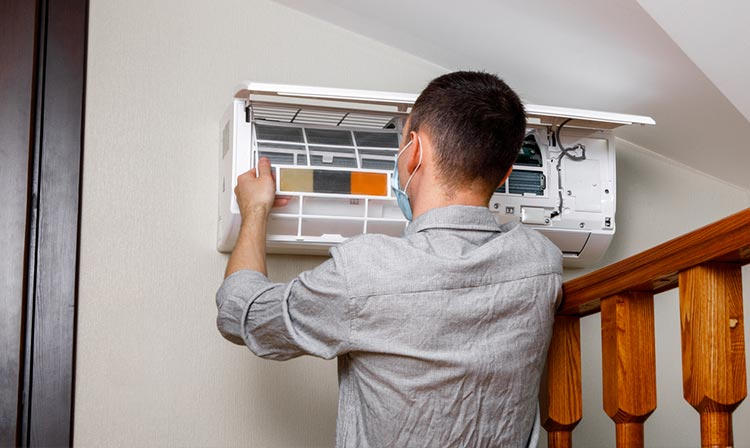aircond-service-help-reduce-risk-of-overheating