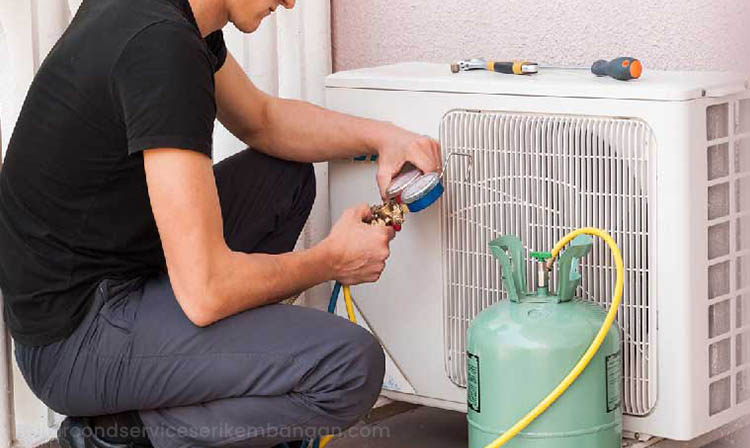 low refrigerant level causing air conditioner not cooling enough
